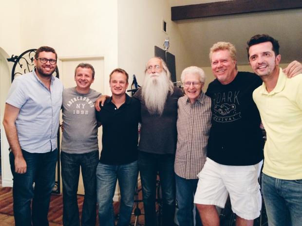 Eu, Lineu e Edison com os músicos Henoch Thomas (arregimentação), Leland Sklar (baixo), Steve Sykes (engenheiro) e JR Robinson (bateria) em Thousand Oaks, CA